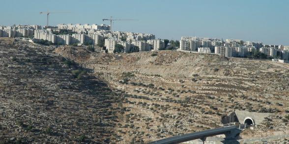 صورة نفق بيت جالا والجسر الالتفافي